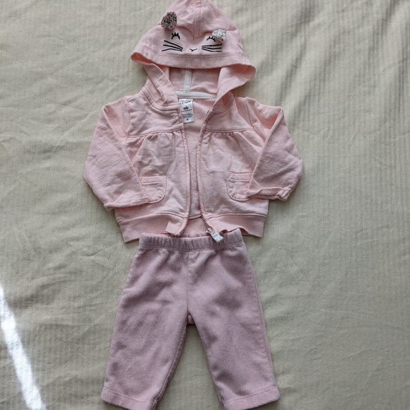 Carter's Newborn Outfit